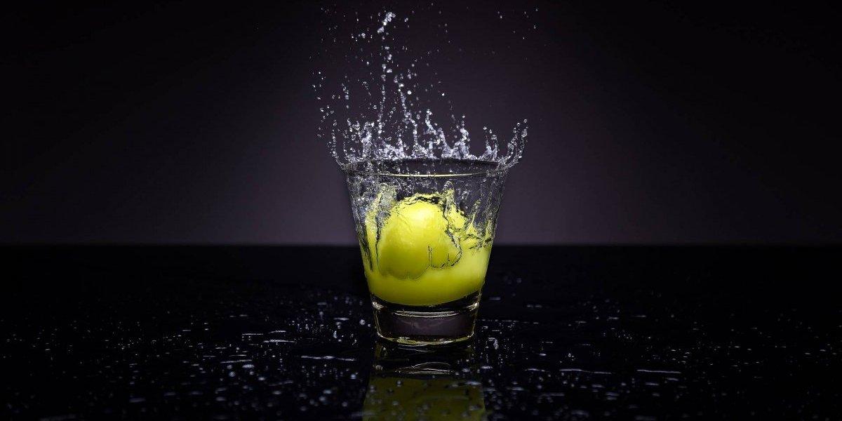 Água com limão: 15 benefícios que faz dela a melhor bebida detox para o jejum