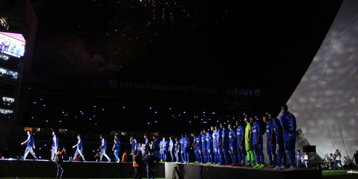 Explosión Azul: Emelec gana a Sporting Cristal en la noche de su presentación