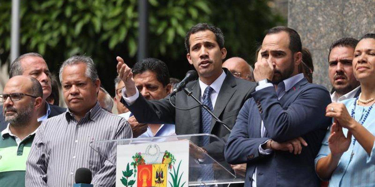 """Guaidó dice que el reconocimiento de la Eurocámara es un """"gran paso"""" para la democracia venezolana"""