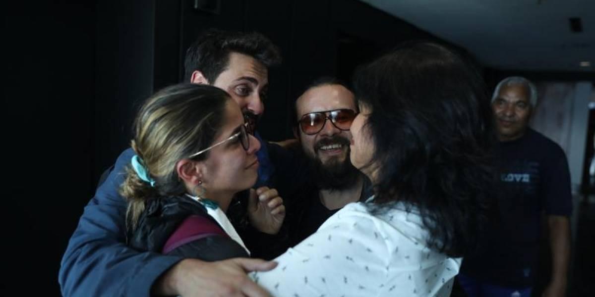Liberan a los reporteros de Efe y se encuentran con el cónsul adjunto español