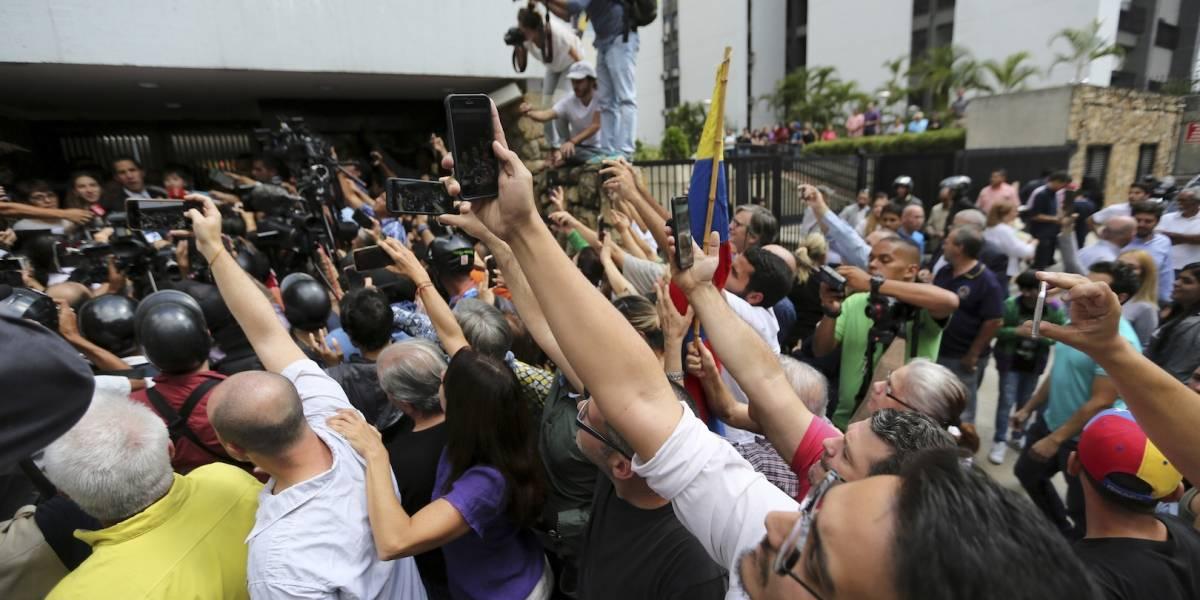 Reporteros detenidos en Venezuela narran el infierno que padecieron