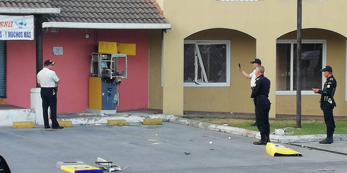 Activan artefacto explosivo para intentar abrir cajero automático en Villa Nueva