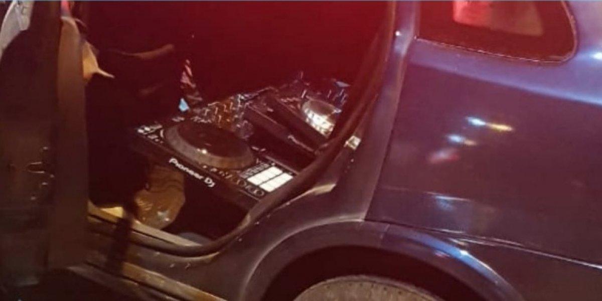 Quito: Hombres roban casa musical en la Av. 10 de agosto y se accidentan en persecución