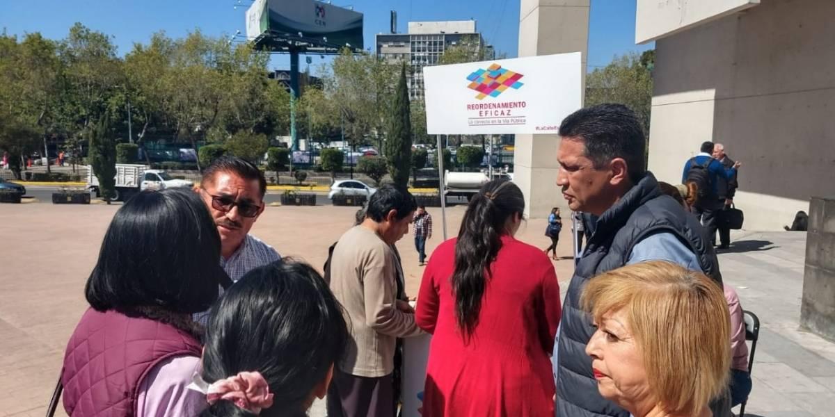 Inician colecta de firmas para reordenar el comercio ambulante en CDMX