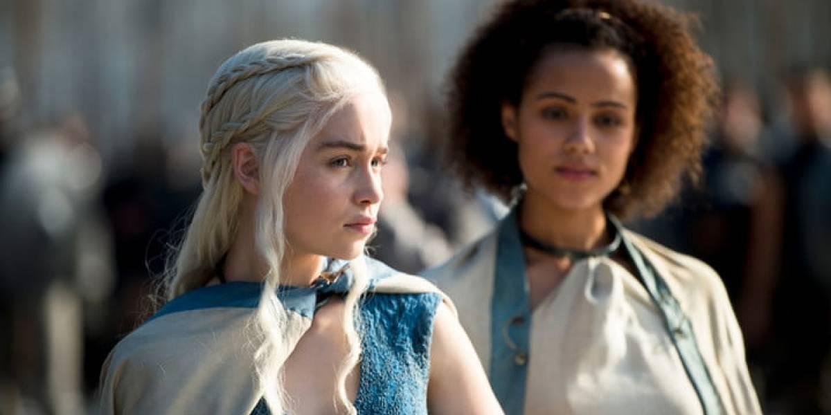 Emilia Clarke de Game of Thrones comparte inéditas imágenes de su hospitalización