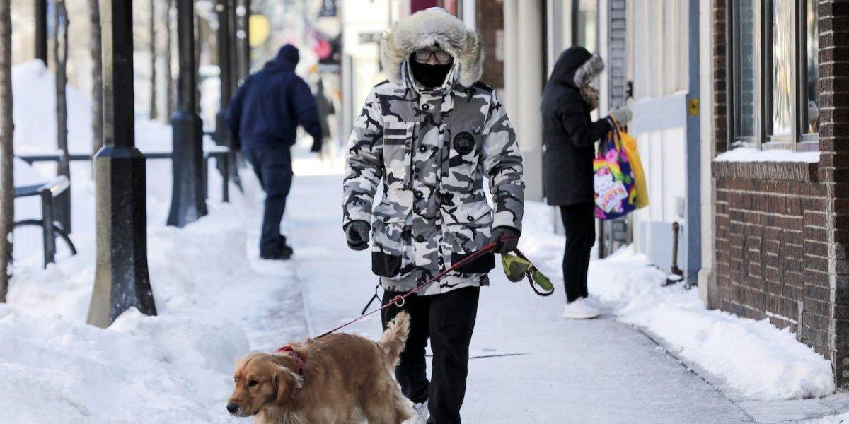 Frío extremo causa 11 muertes y afecta a 210 millones en EU