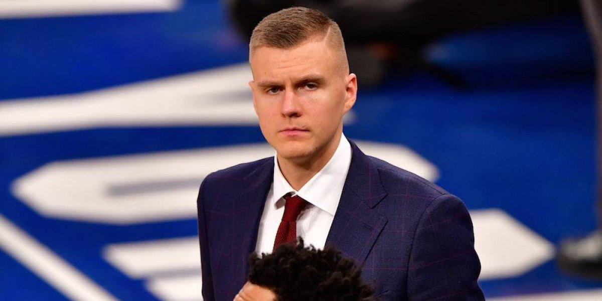 Knicks envían a su joven estrella Kristaps Porzingis a Mavericks