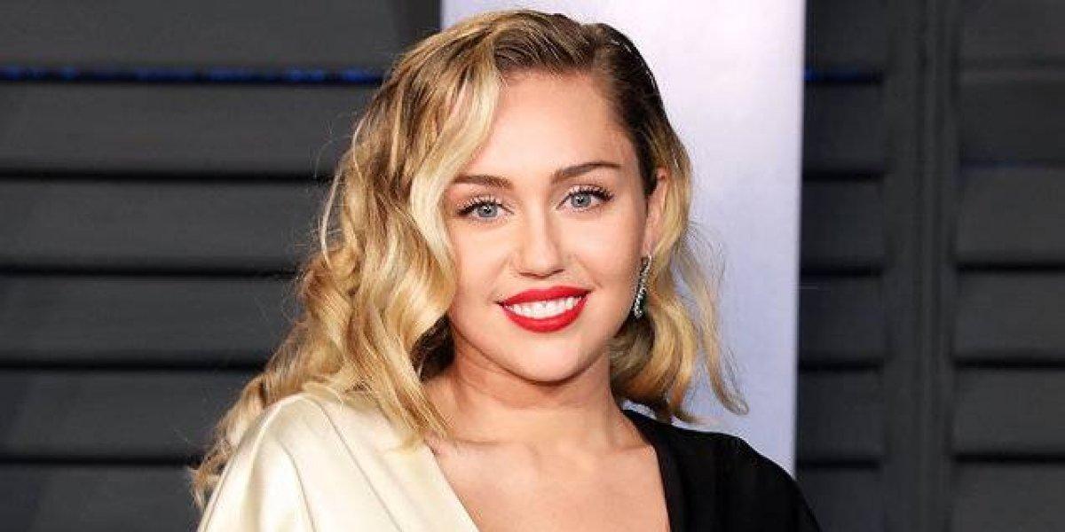 Miley Cyrus rompe las redes con su sexy foto mostrando la retaguardia