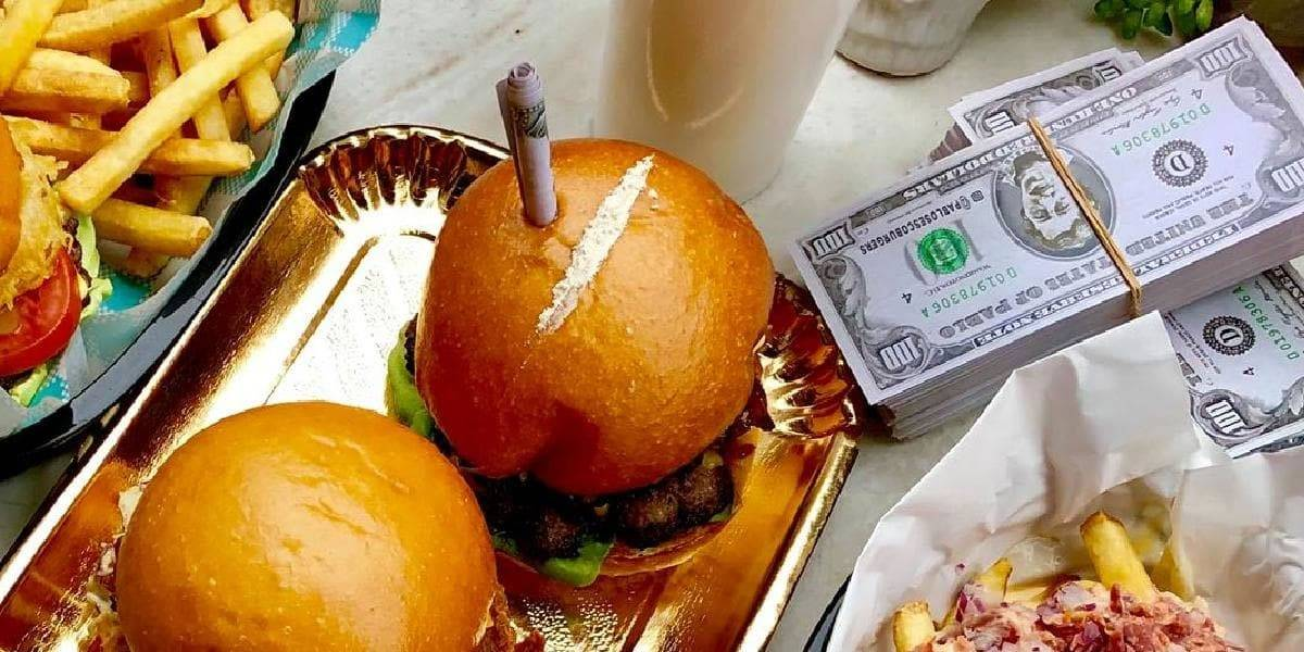 Son adictivas: hamburguesas con coca de Pablo's Escoburgers rompen internet