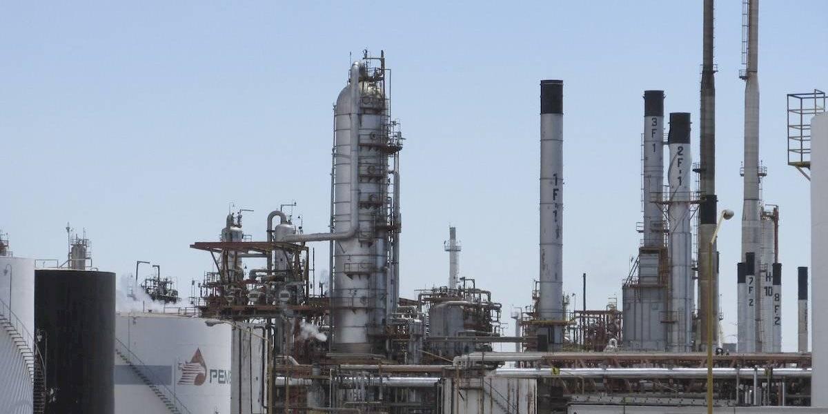 Desalojan la refinería de Salamanca por amenaza de bomba