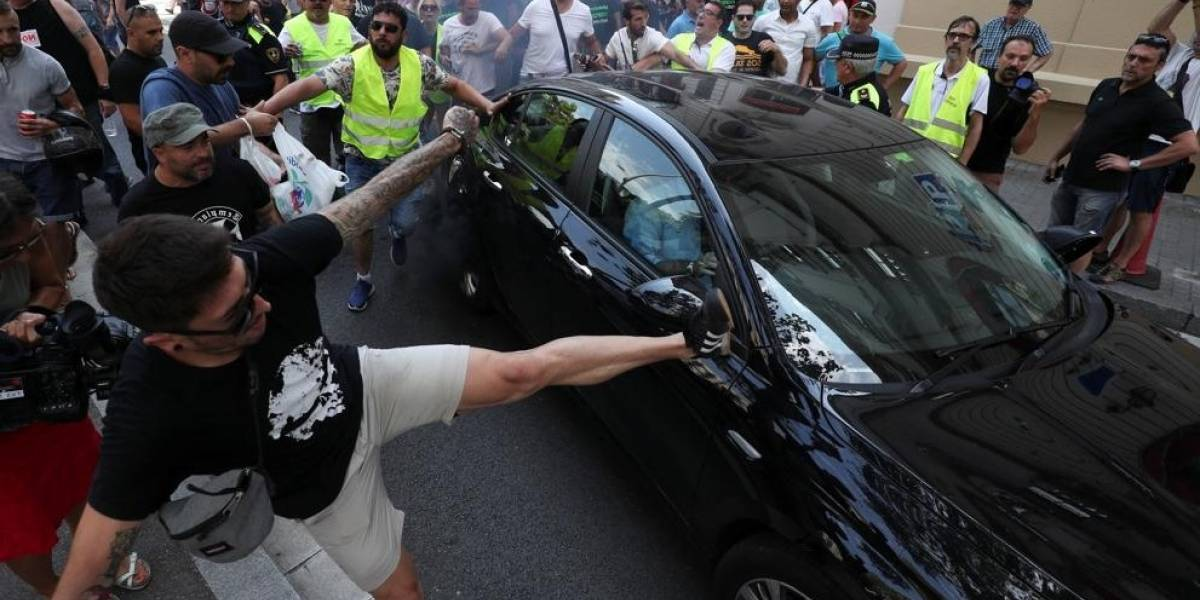 Tensión tras nueva ley: Uber y Cabify se van de Barcelona en medio de polémica
