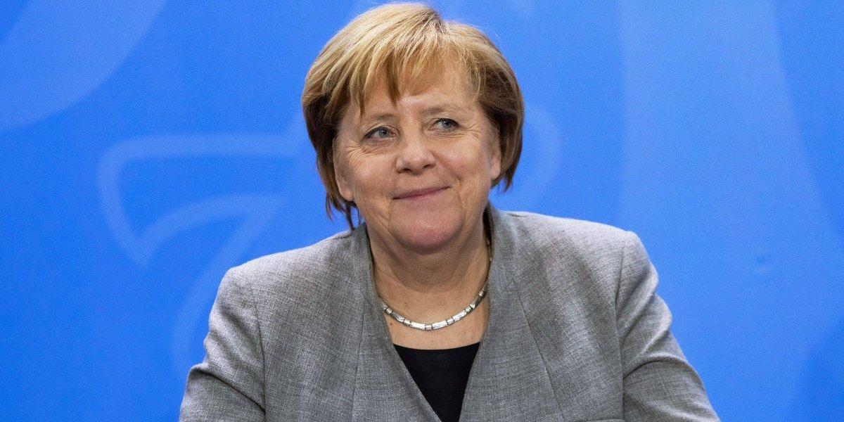 """Angela Merkel, Venezuela debe pasa por """"elecciones libres"""""""