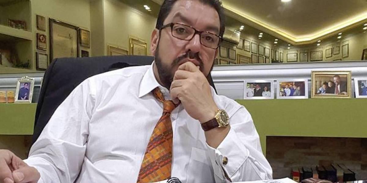 Fallece el exviceminitro Carlos Velásquez, padre del titular del Mides