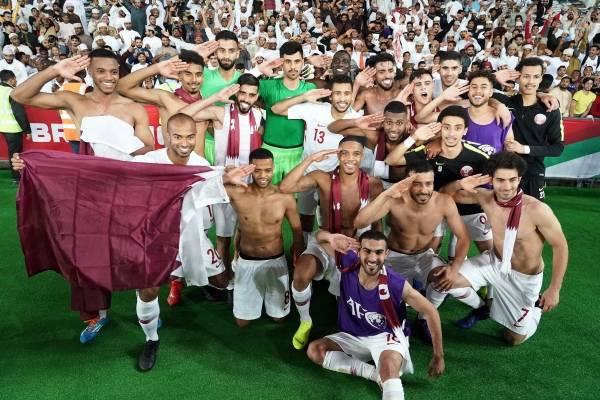 Qatar se quedó con el trofeo de la Copa Asiática /Imagen: Getty Images