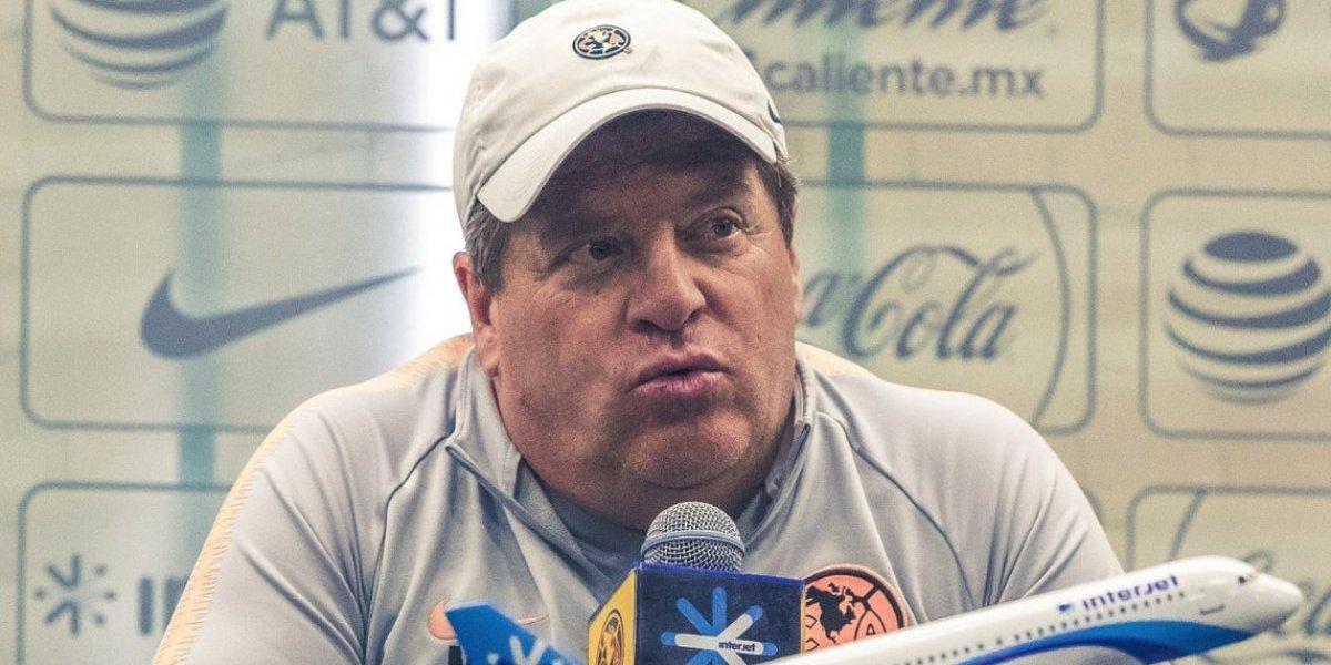 Miguel Herrera pide olvidar pasado Puma de Nico Castillo