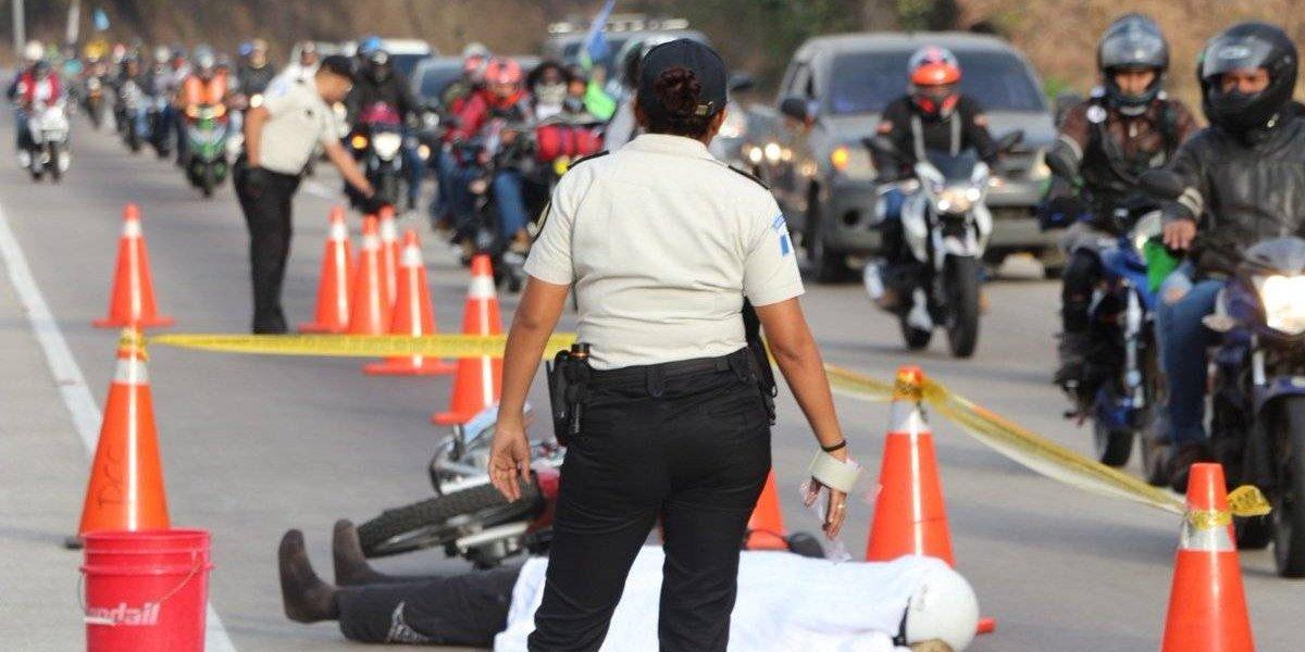 PNC realiza simulacro de motorista fallecido con imágenes explícitas