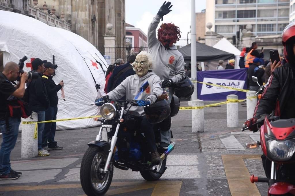 El diablo viajó como acompañante Omar Solís