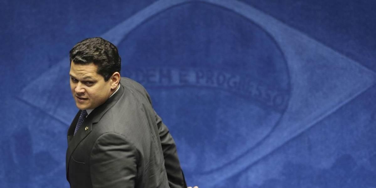 Davi Alcolumbre quer diminuir presença do MDB em cargos de diretoria