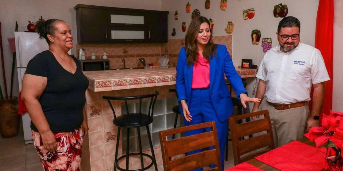 Primera Dama entrega residencias restauradas por Fortaleza Para Ti en Toa Baja