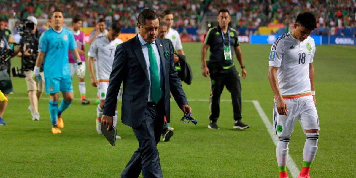 'Planteamos mal el partido contra Suecia en el Mundial': asistente de Osorio