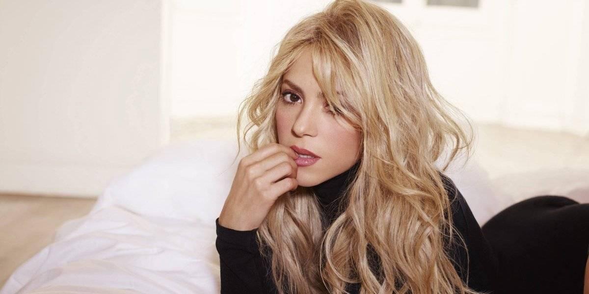 Shakira aparece espectacular con un bikini diseñado por ella