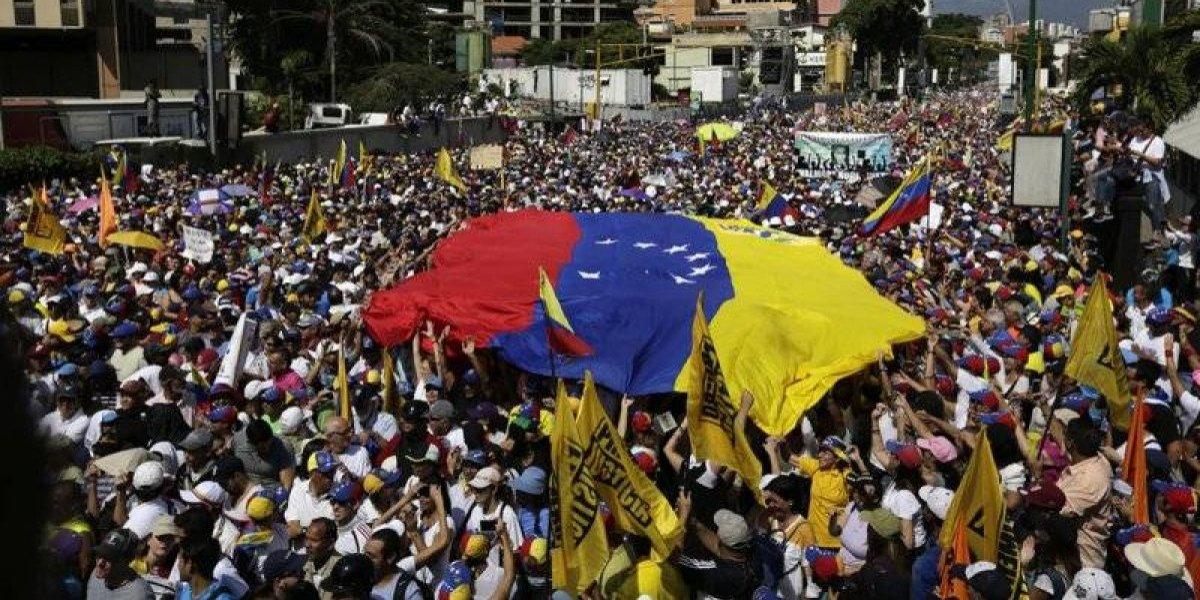 Cuba denuncia operaciones militares desde Puerto Rico a Venezuela