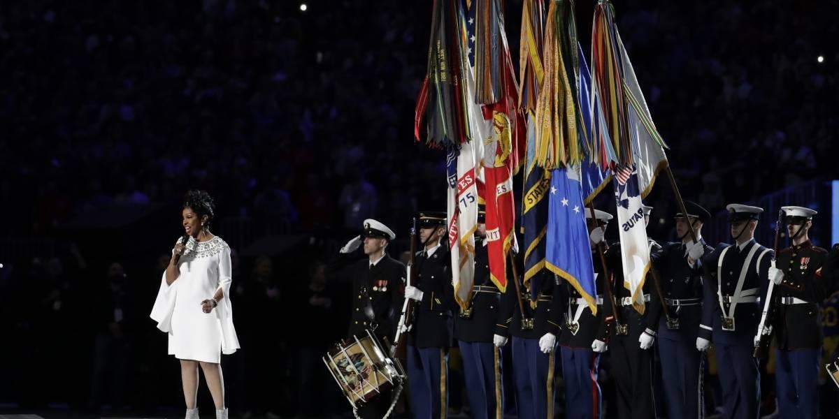 Brilla Gladys Knight en la interpretación del himno en el Super Bowl