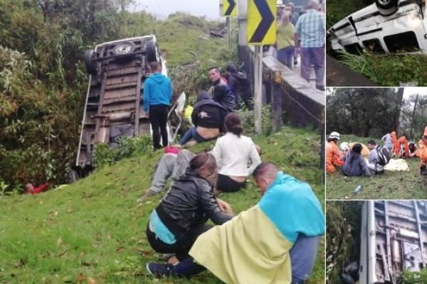Al menos tres muertos deja accidente de bus turístico en vía La Línea
