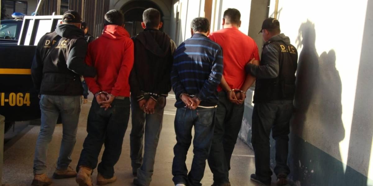 Capturan a 4 hombres en Chimaltenango sindicados de homicidio