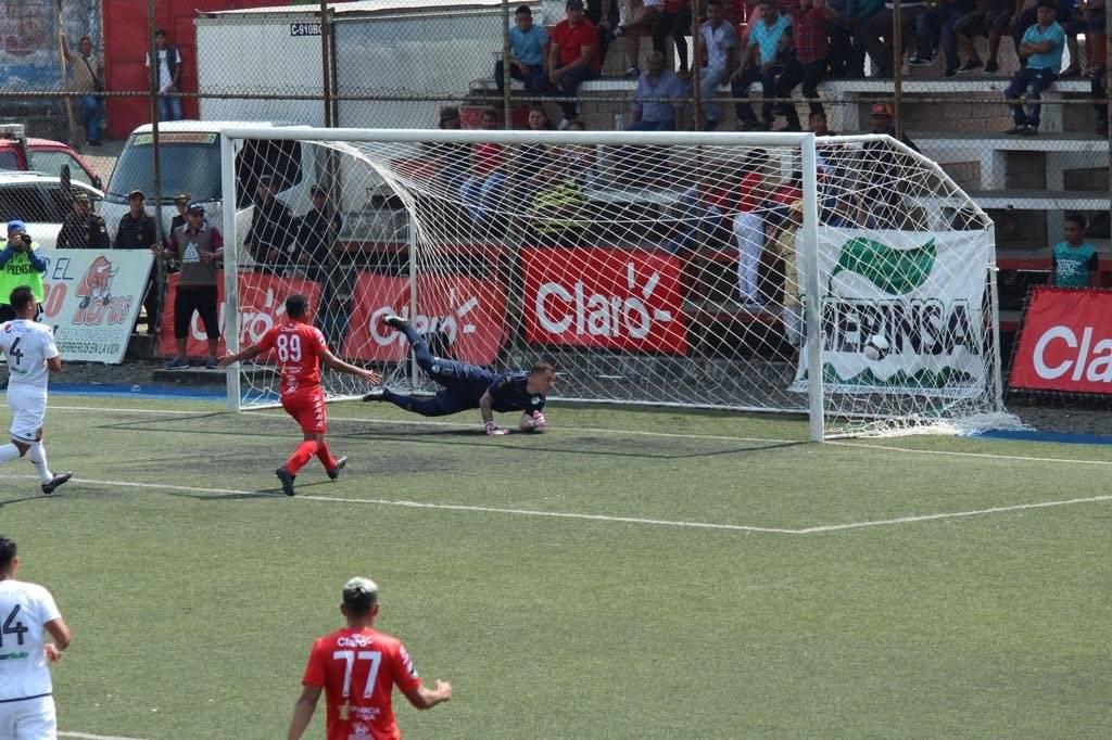 Gol de Malacateco contra Comunicaciones