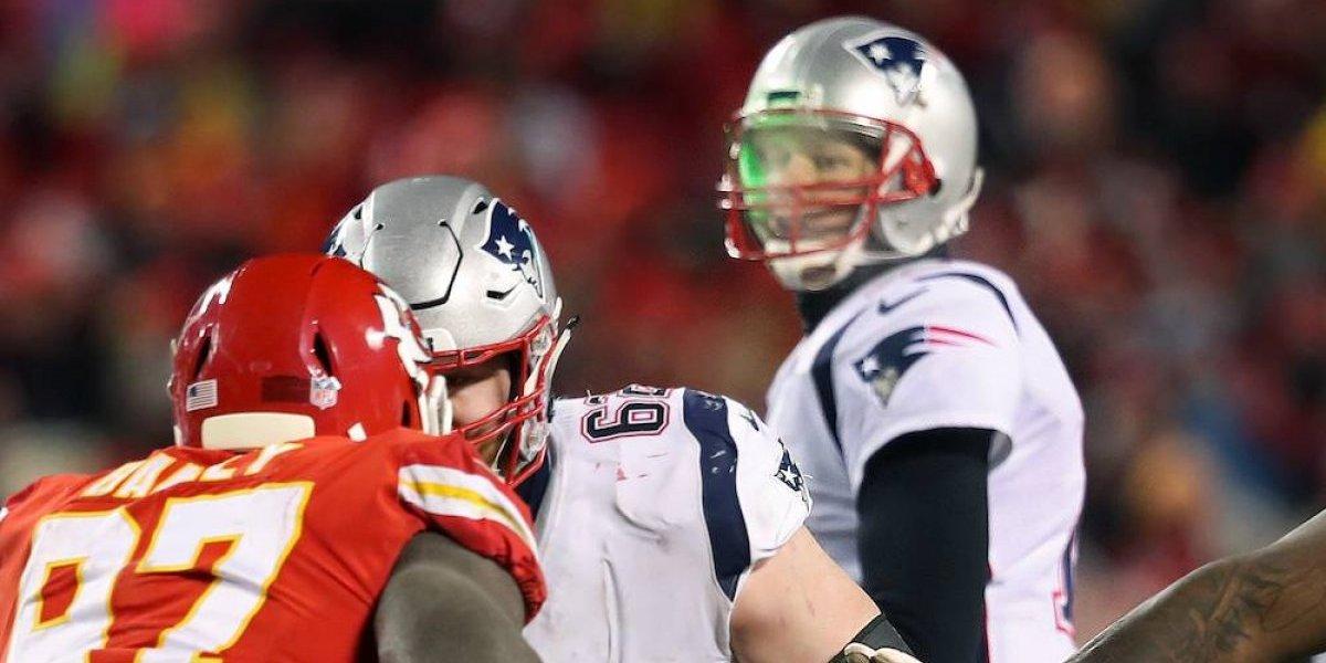 Detienen a aficionado de los Chiefs que apuntó láser a Tom Brady