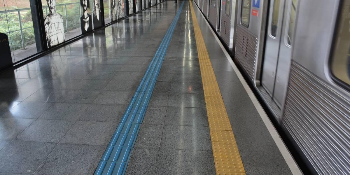 Instalação de portas automáticas vai alterar operação do Metrô a partir de sexta-feira
