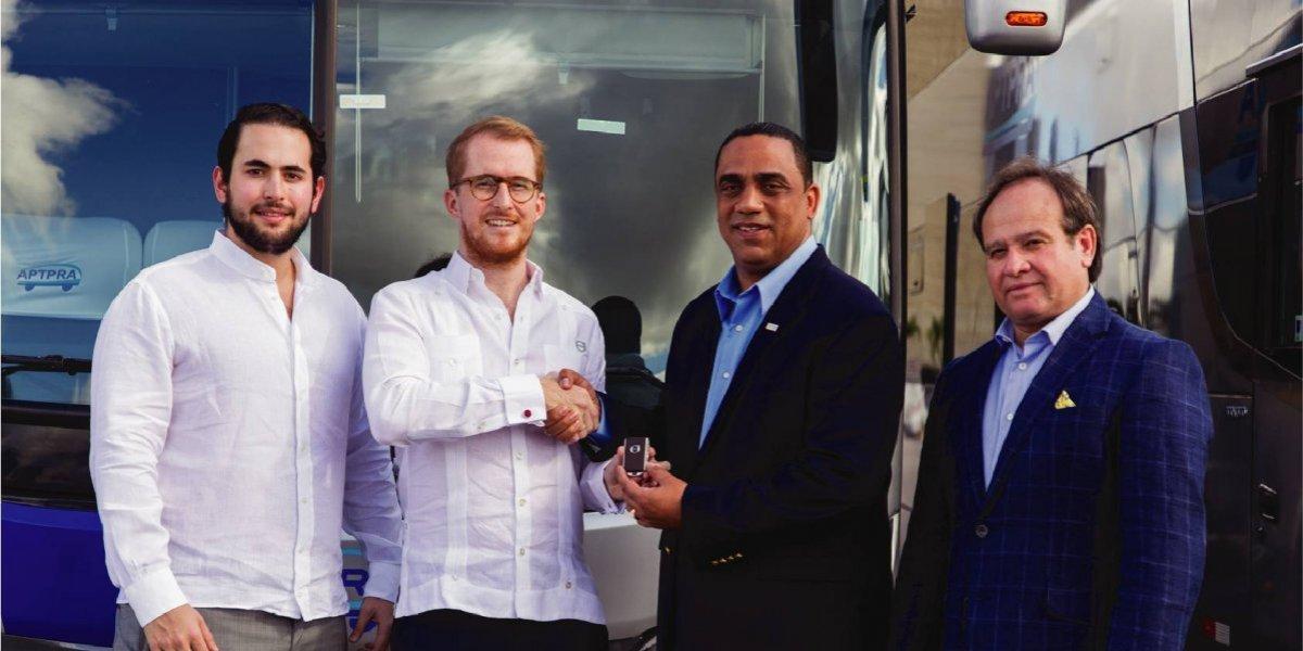 #TeVimosEn: APTPRA recibe nueva flotilla de autobuses