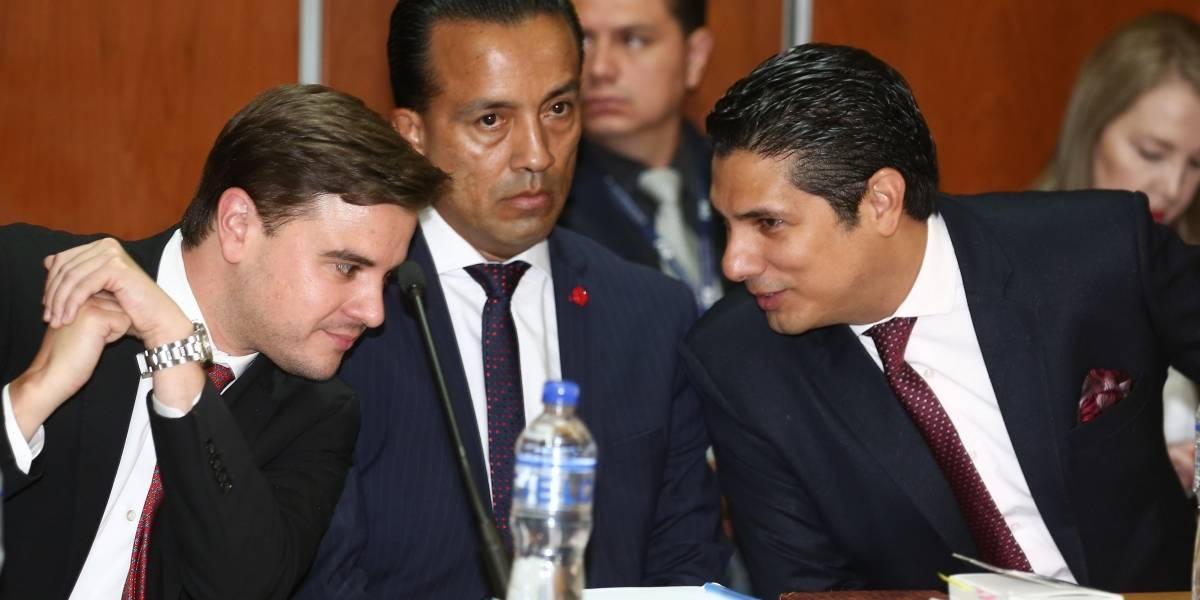 """Testigo afirma que Correa ordenó """"traer como sea a Ecuador"""" a Fernando Balda"""