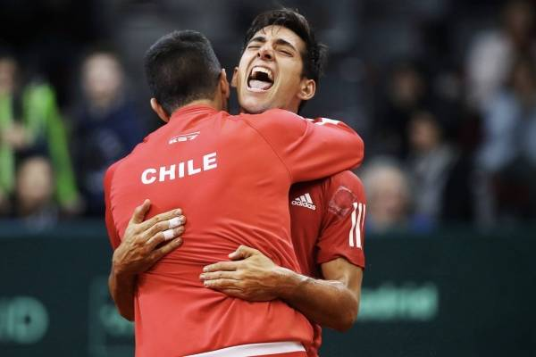 Garín debutó con una gran remontada en Buenos Aires; cayó Jarry