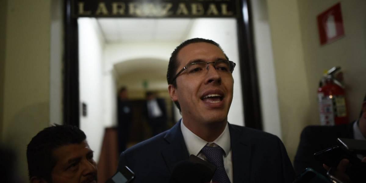 """VIDEO. Felipe Alejos: """"Ahora resulta que a los partidos de derecha los están inhabilitando"""""""