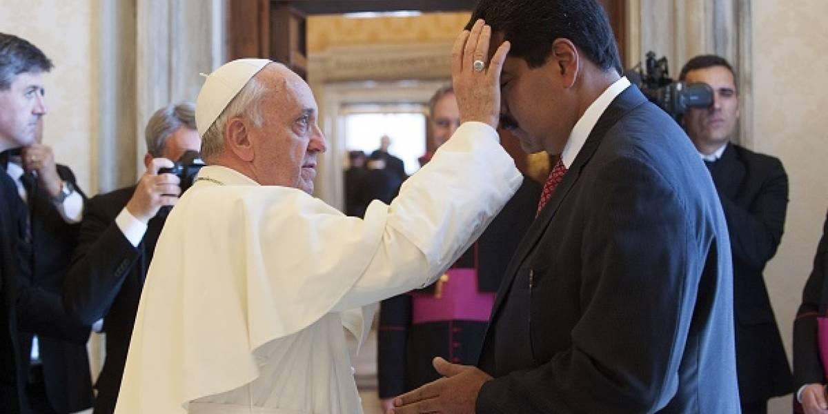 Venezuela: Nicolás Maduro dice que ha pedido al papa Francisco ayuda para el diálogo