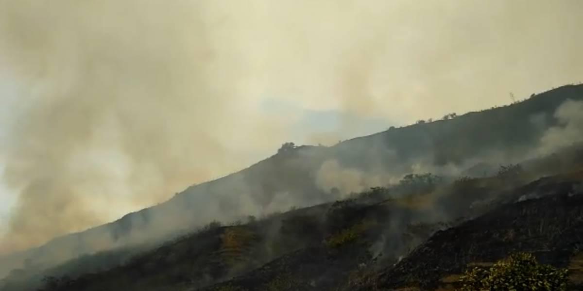 Incendio en Cali cumple dos días y deja 120 hectáreas afectadas