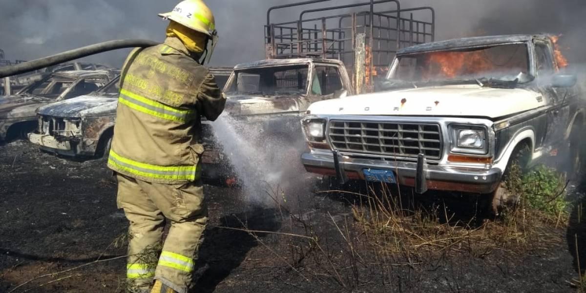 Reportan incendio en corralón operado por la PGR en Tlajomulco