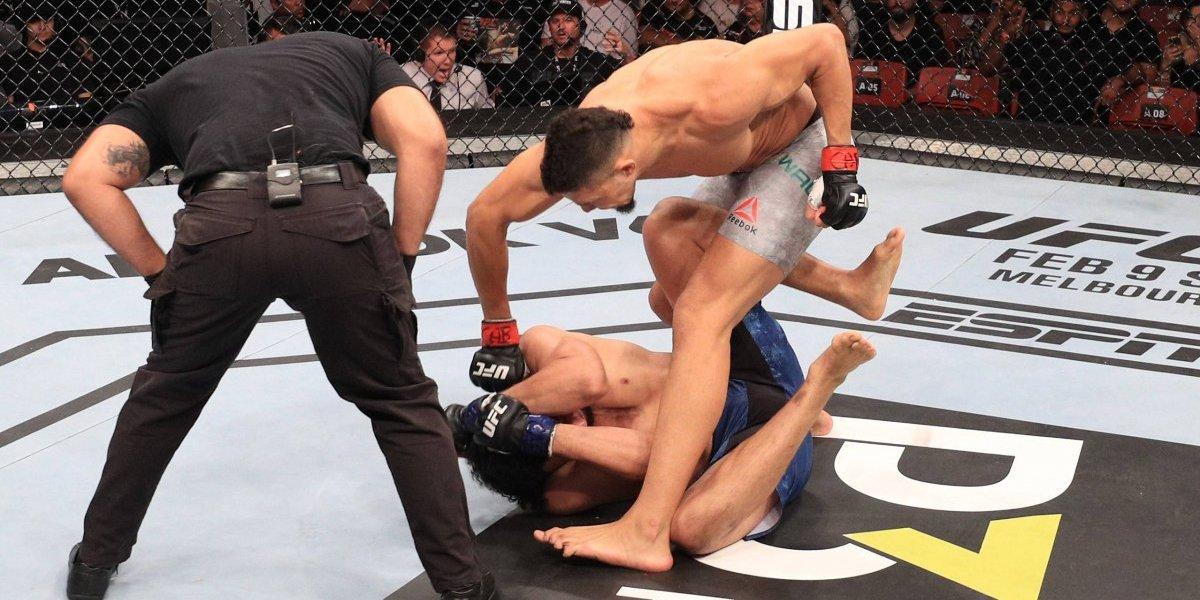 VIDEO: Peleador de UFC noquea a su rival en apenas 15 segundos