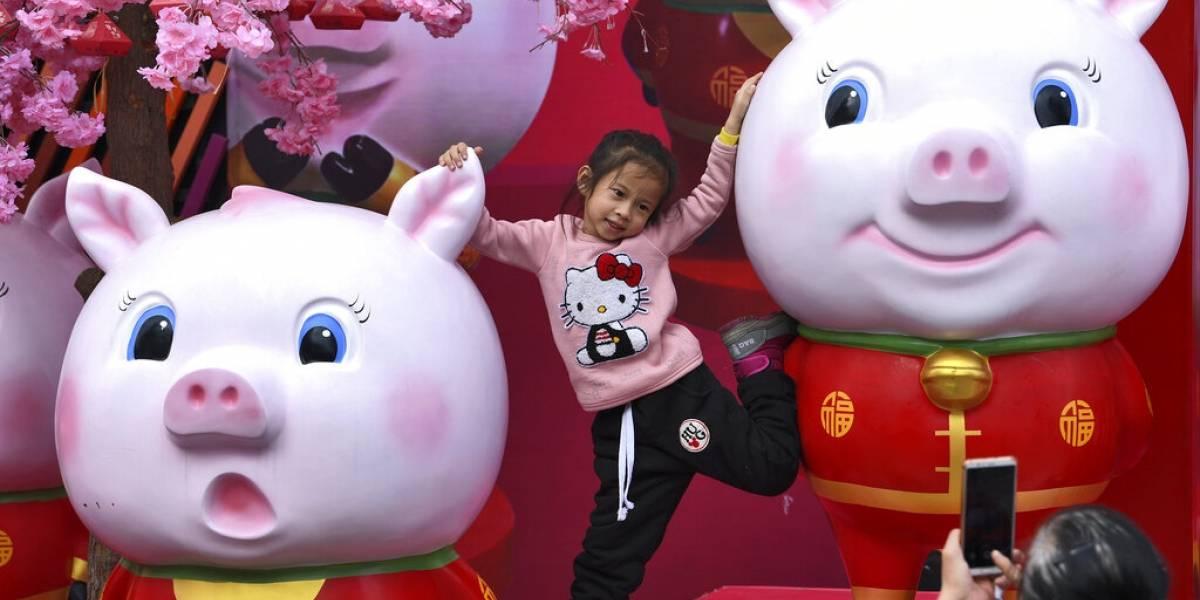 China se prepara para el Año Nuevo Lunar con fiestas y viajes