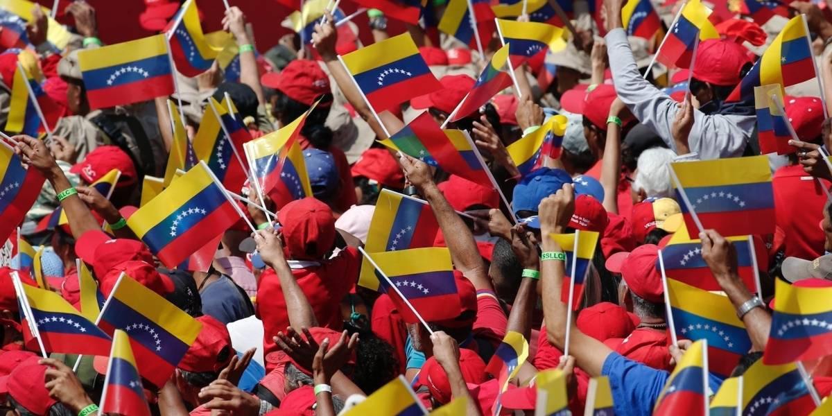 Aerolínea iraní inicia vuelos directos a Venezuela