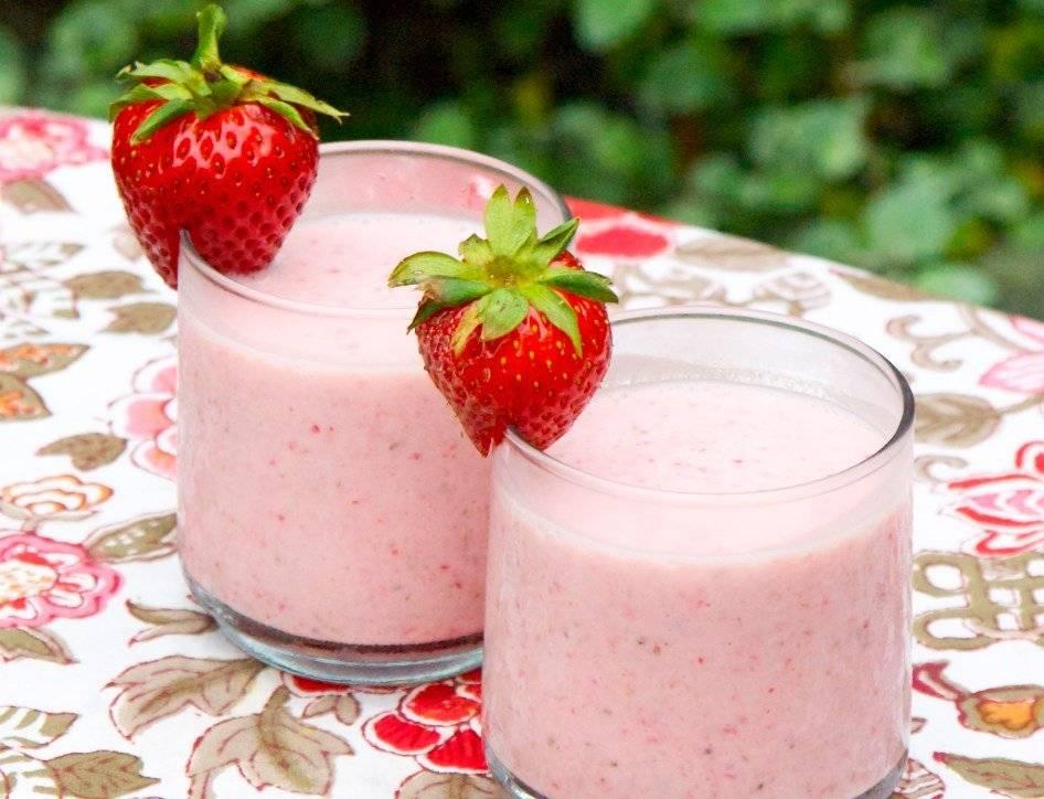 Estos cuatro ricos smoothies te harán despertar cada mañana con mucha energía