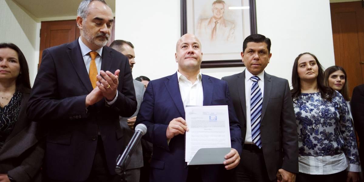 Alfaro busca nueva constitución para Jalisco