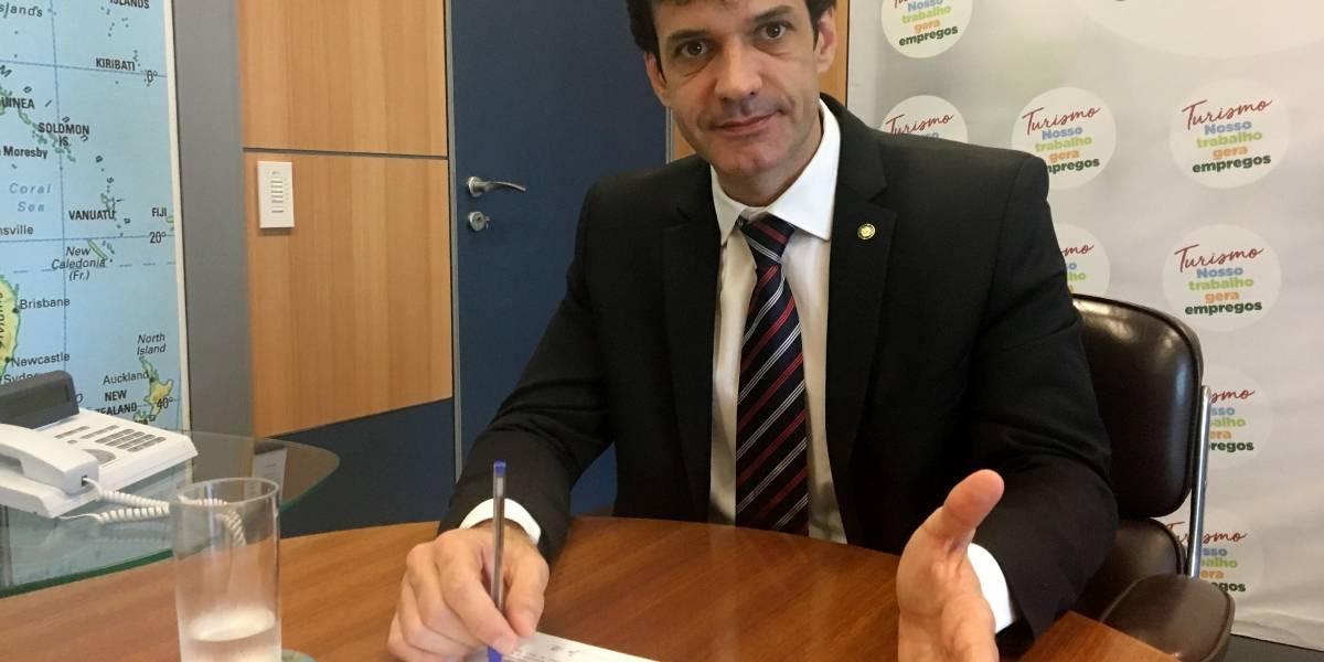 Mourão defende investigações contra Ministro do Turismo: 'denúncias são graves'