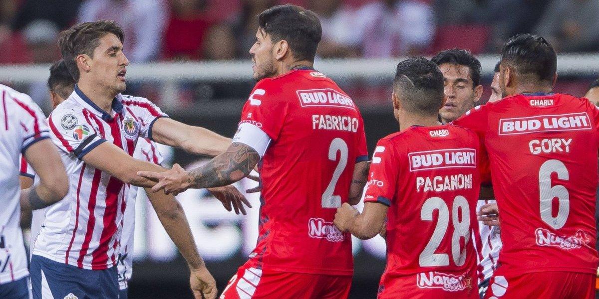 Bryan Carrasco tuvo un encontrón en el fútbol mexicano y se burló del aliento de un rival