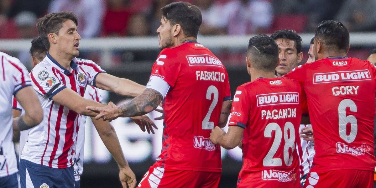 VIDEO: Bryan Carrasco se burla de olor de boca de Van Rankin