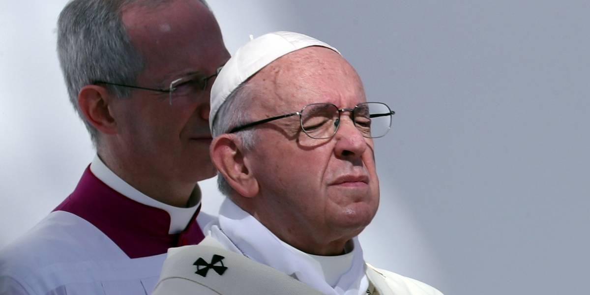 """Papa diz na Quarta-Feira de Cinzas que riqueza é """"poeira ao vento"""""""
