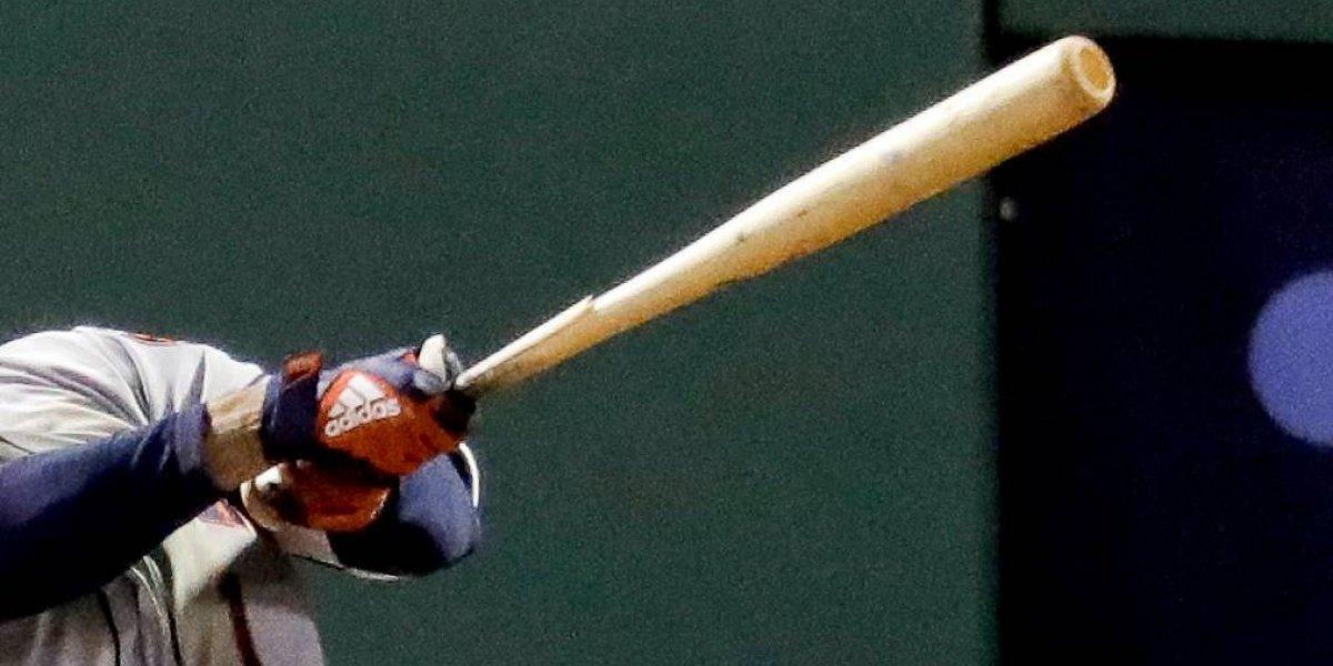 Fanática muere de un pelotazo durante juego de Padres-Dodgers