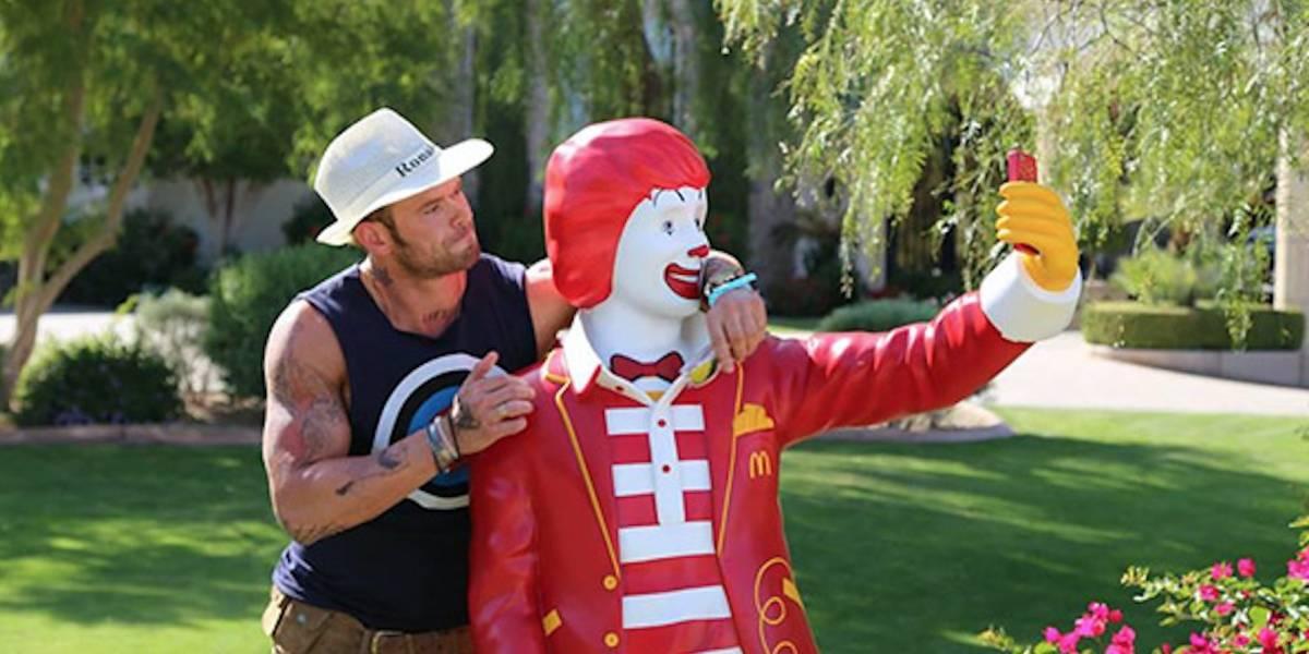 McDonald's está entregando descuentos ¡¿a cambio de tu selfie!?